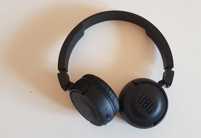 Test av JBL T460BT trådlösa hörlurar
